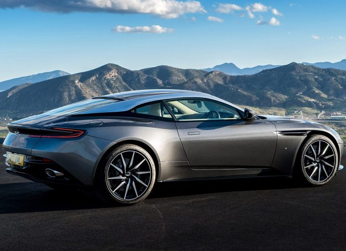 Aston Marin DB11
