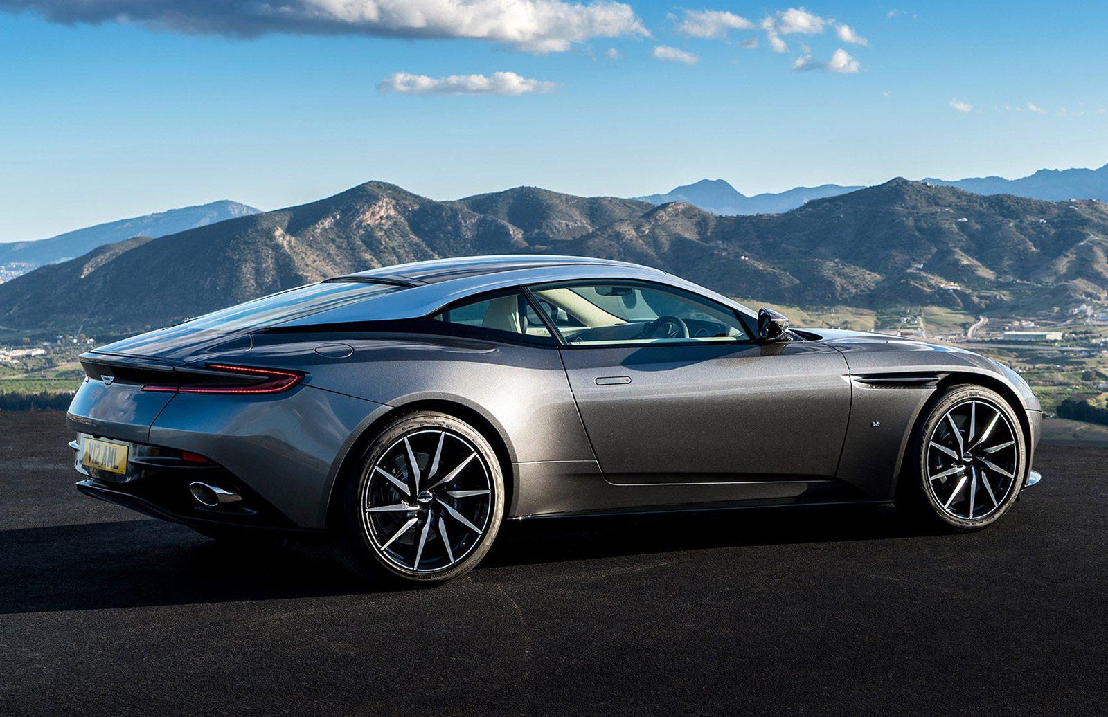 Aston Martin DB Review Oracle Time - Aston martin db 11