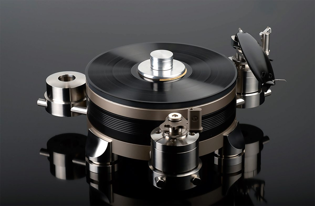 Continuum Obsidian Turntable