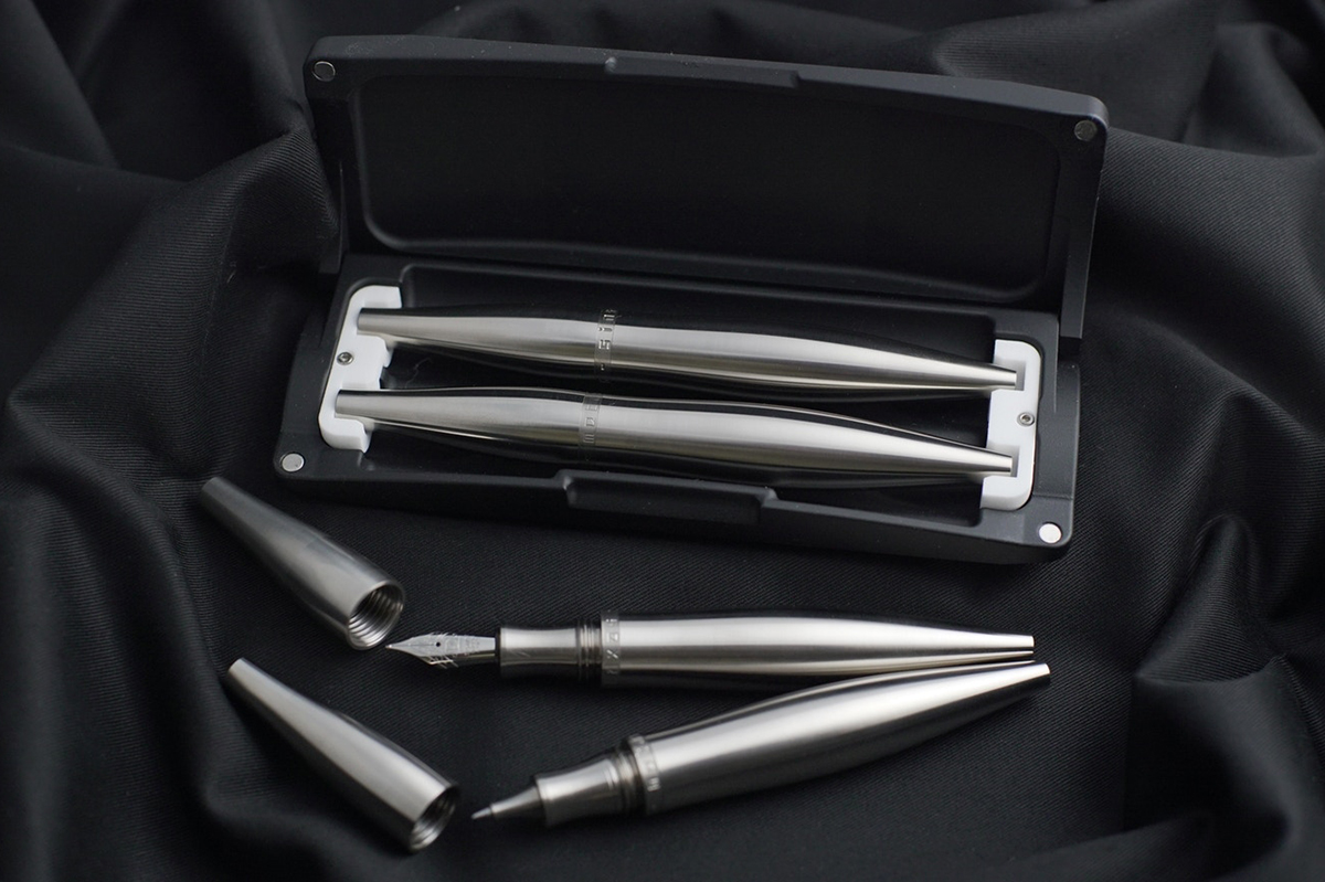 Metaxas Stylos Titanium Fountain Pen