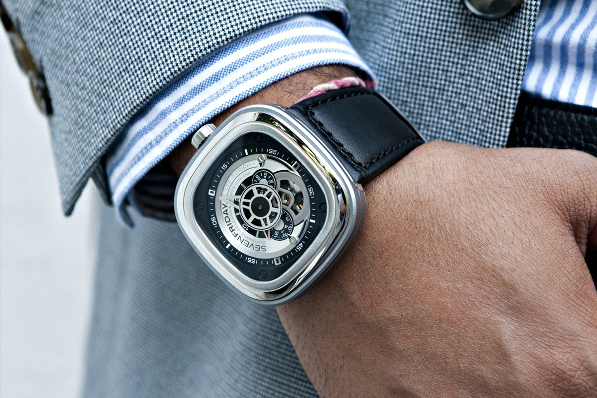SevenFriday P1/01 Industrial Essence