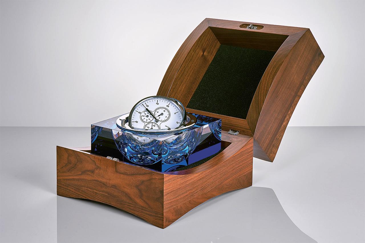 Crystal Caviar Marine Optical Glass Chronometer