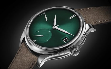 Moser & Cie Endeavour Perpetual Calendar Purity Cosmic Green