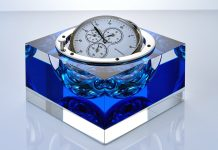 Jan Frydrych Royal Blue chronometer