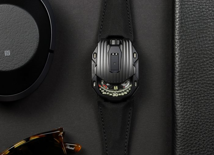 Urwerk UR-1 05 CT Streamliner