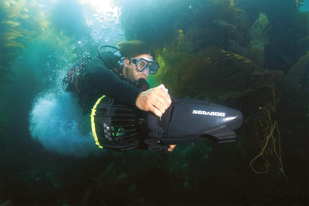Essential Underwater Tech When Heading Into the Deep Blue