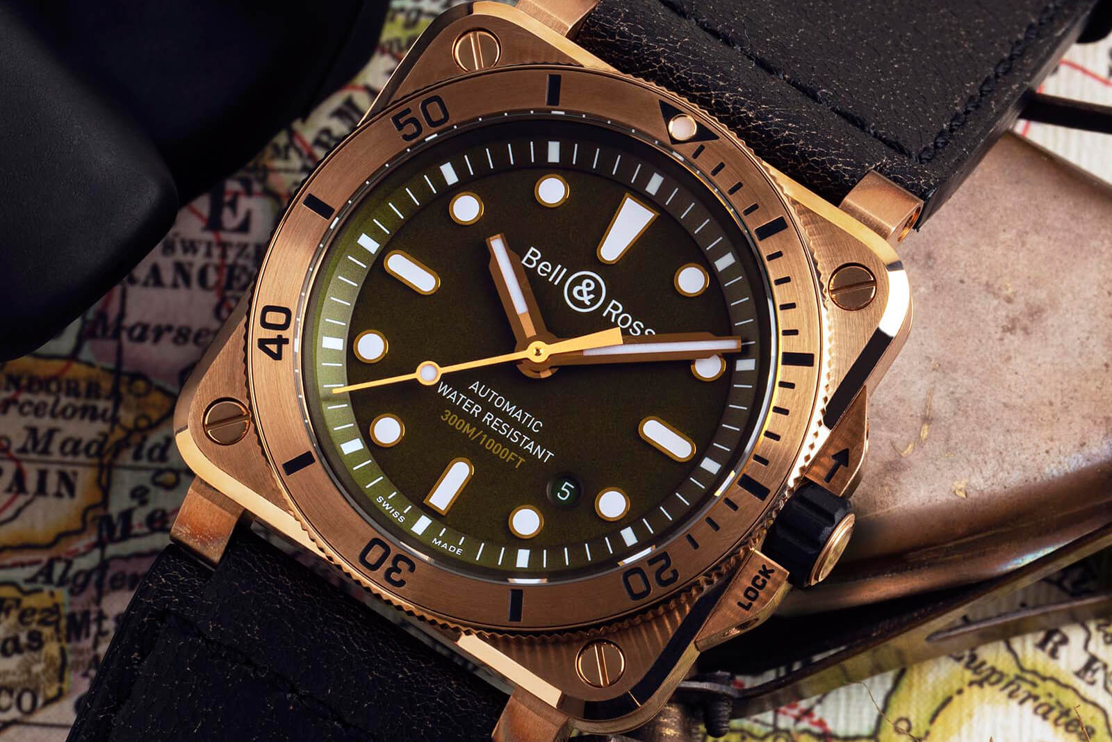 BR 03-92 Diver :-) - Page 5 Bell-Ross-BR-03-92-Demiurgas-with-Khaki-Green-Dial-2