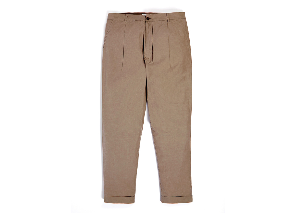 Universal Works Semi-slim Chino