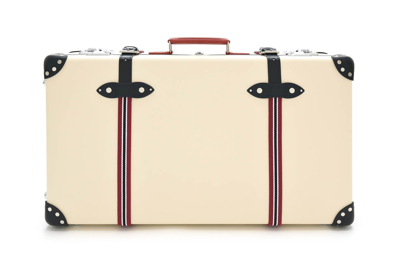 Globe-trotter St Moritz 30″ Suitcase with Wheels