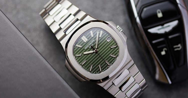 Patek Philippe Nautilus 5711/1A Olive Green Watch Review