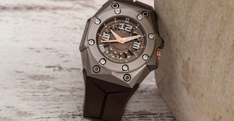 Linde Werdelin Oktopus Moon With Bronze and Gold Dial