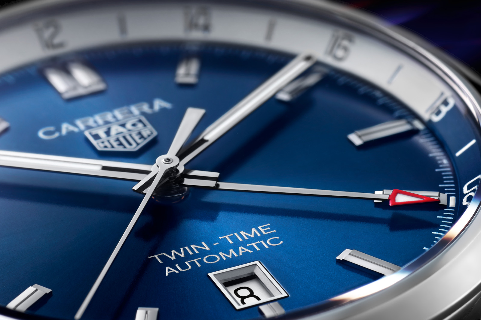 TAG Heuer Twin-Time Date 41 mm